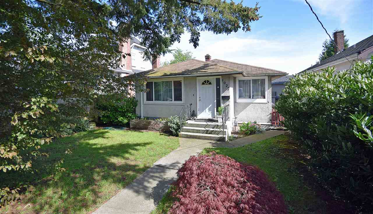 Main Photo: 1922 EIGHTH Avenue in New Westminster: West End NW House for sale : MLS(r) # R2164137