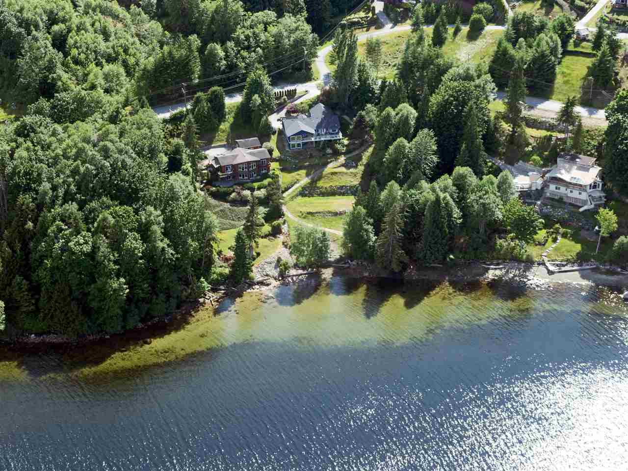 Photo 2: 6346 N GALE Avenue in Sechelt: Sechelt District House for sale (Sunshine Coast)  : MLS(r) # R2172275