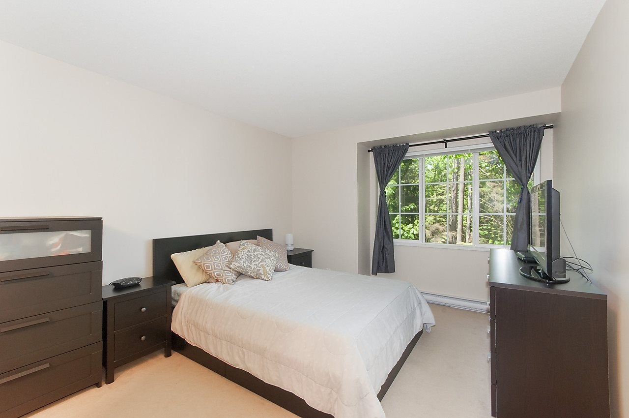 Photo 8: 37 8533 CUMBERLAND PLACE in Burnaby: The Crest Townhouse for sale (Burnaby East)  : MLS® # R2170973