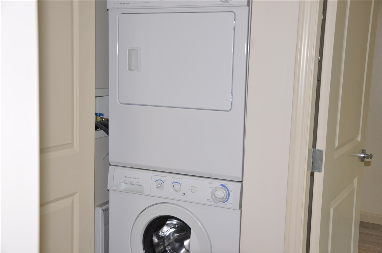 Laundry - Washer/Dryer
