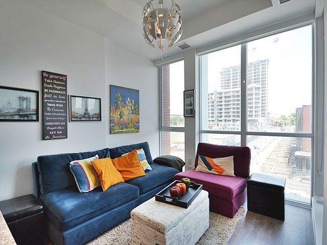 Main Photo: 301 55 Regent Park Boulevard in Toronto: Regent Park Condo for lease (Toronto C08)  : MLS(r) # C3851537