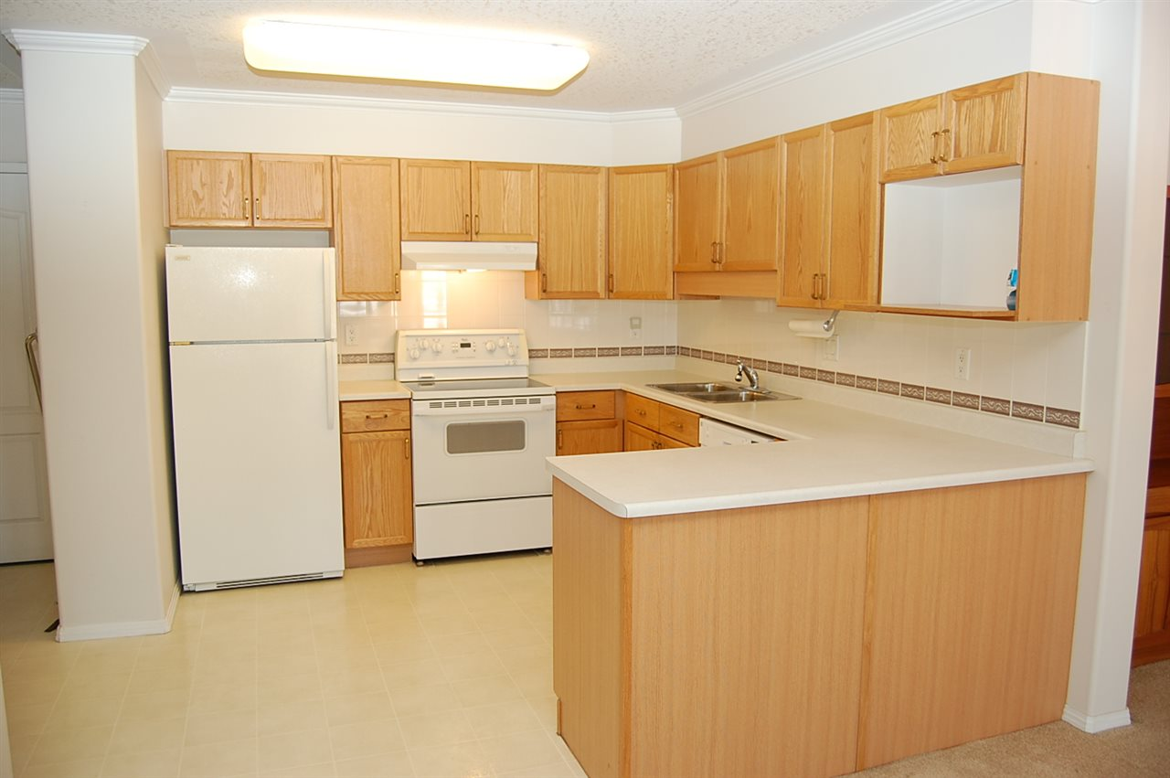 Photo 4: 408 8315 83 Street in Edmonton: Zone 18 Condo for sale : MLS® # E4072018