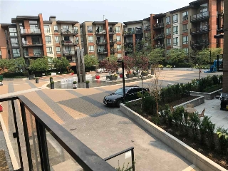 "Main Photo: 215 723 W 3RD Street in North Vancouver: Hamilton Condo for sale in ""The Shore"" : MLS® # R2196438"