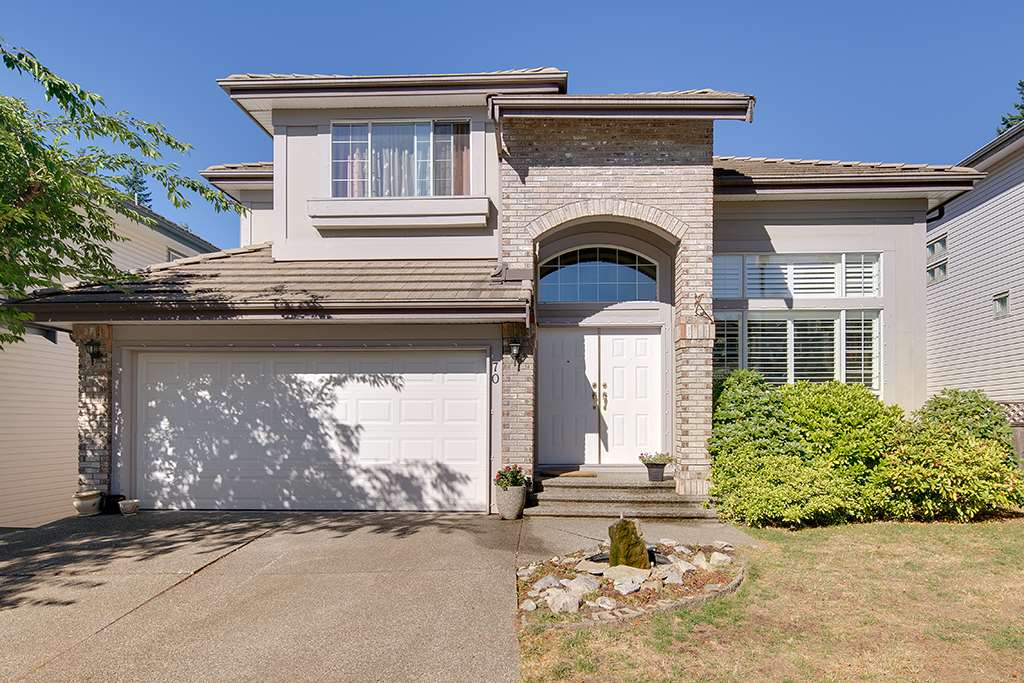 Main Photo: 70 LINDEN Court in Port Moody: Heritage Woods PM House for sale : MLS® # R2197375