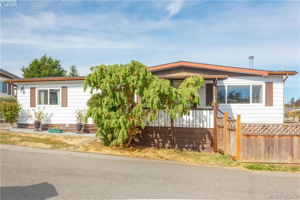 Main Photo: 18 124 Cooper Road in VICTORIA: VR Glentana Manu Double-Wide for sale (View Royal)  : MLS® # 382476