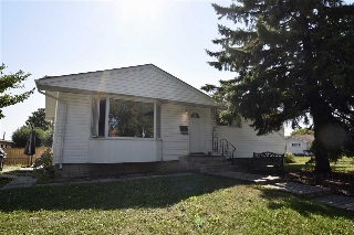 Main Photo: 6407 146 Avenue in Edmonton: Zone 02 House for sale : MLS® # E4079805