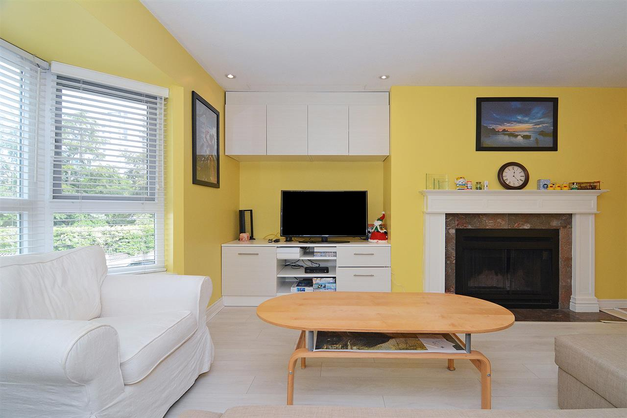 Main Photo: 205 1835 BARCLAY Street in Vancouver: West End VW Condo for sale (Vancouver West)  : MLS®# R2286062