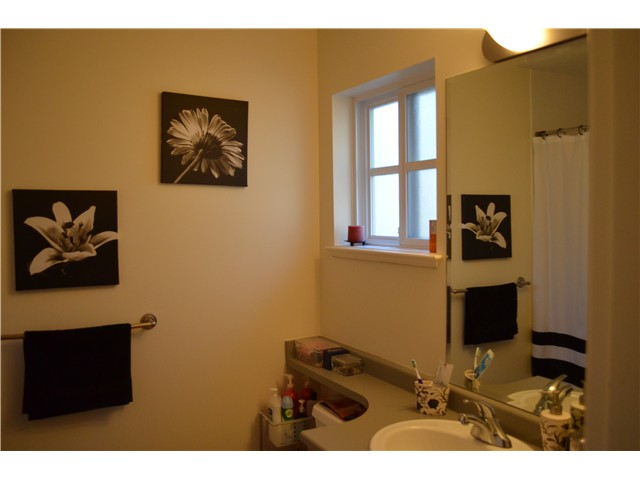 "Photo 17: 10 2688 MOUNTAIN Highway in North Vancouver: Westlynn Townhouse for sale in ""CRAFTSMAN ESTATES"" : MLS® # V1038517"