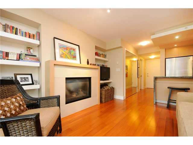 FEATURED LISTING: 205 - 1530 8TH Avenue West Vancouver