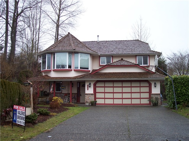 FEATURED LISTING: 32985 HARWOOD Place Abbotsford