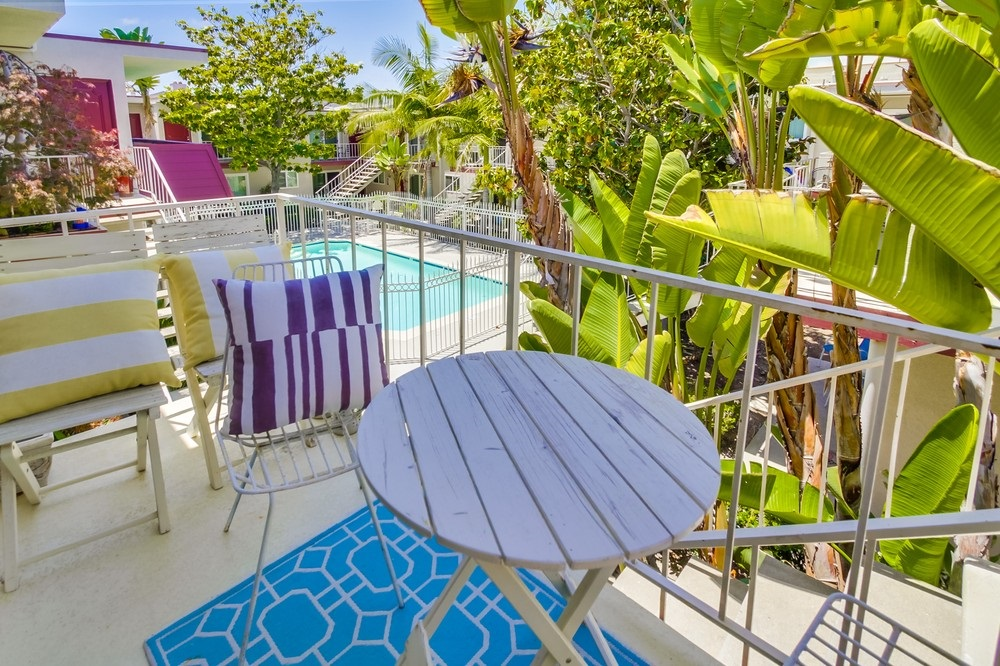 Photo 8: UNIVERSITY HEIGHTS Condo for sale : 1 bedrooms : 4747 Hamilton St #21 in San Diego