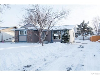 Main Photo: 110 Nemy Crescent in WINNIPEG: Westwood / Crestview Residential for sale (West Winnipeg)  : MLS®# 1531895