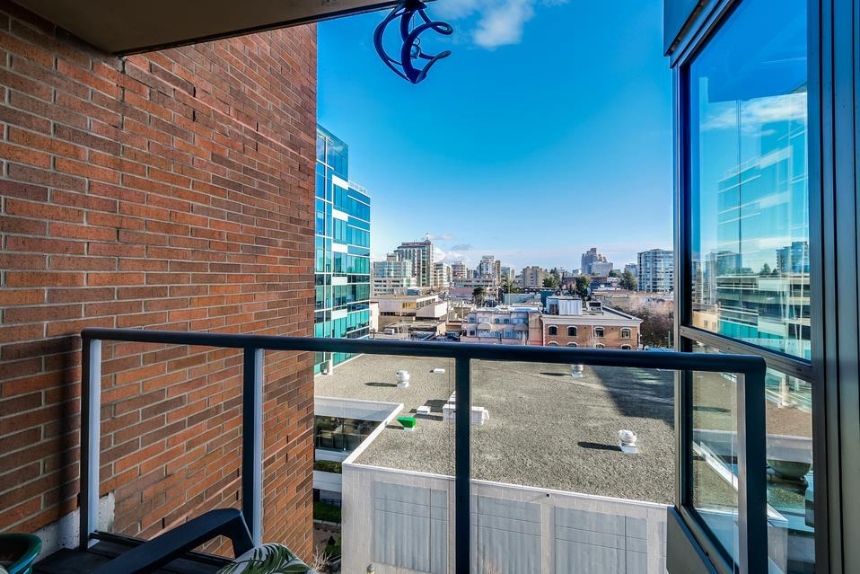Photo 13: 807 1575 W 10TH Avenue in Vancouver: Fairview VW Condo for sale (Vancouver West)  : MLS(r) # R2029744