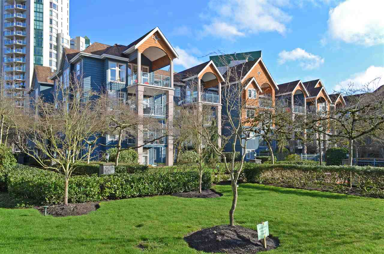 "Main Photo: 215 1190 EASTWOOD Street in Coquitlam: North Coquitlam Condo for sale in ""LAKESIDE TERRACE"" : MLS® # R2034831"