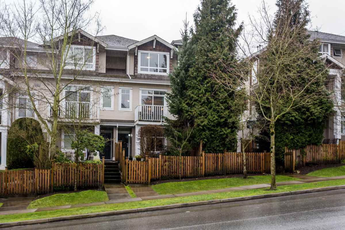"Main Photo: 10 15030 58 Avenue in Surrey: Sullivan Station Townhouse for sale in ""Summerleaf"" : MLS®# R2036035"