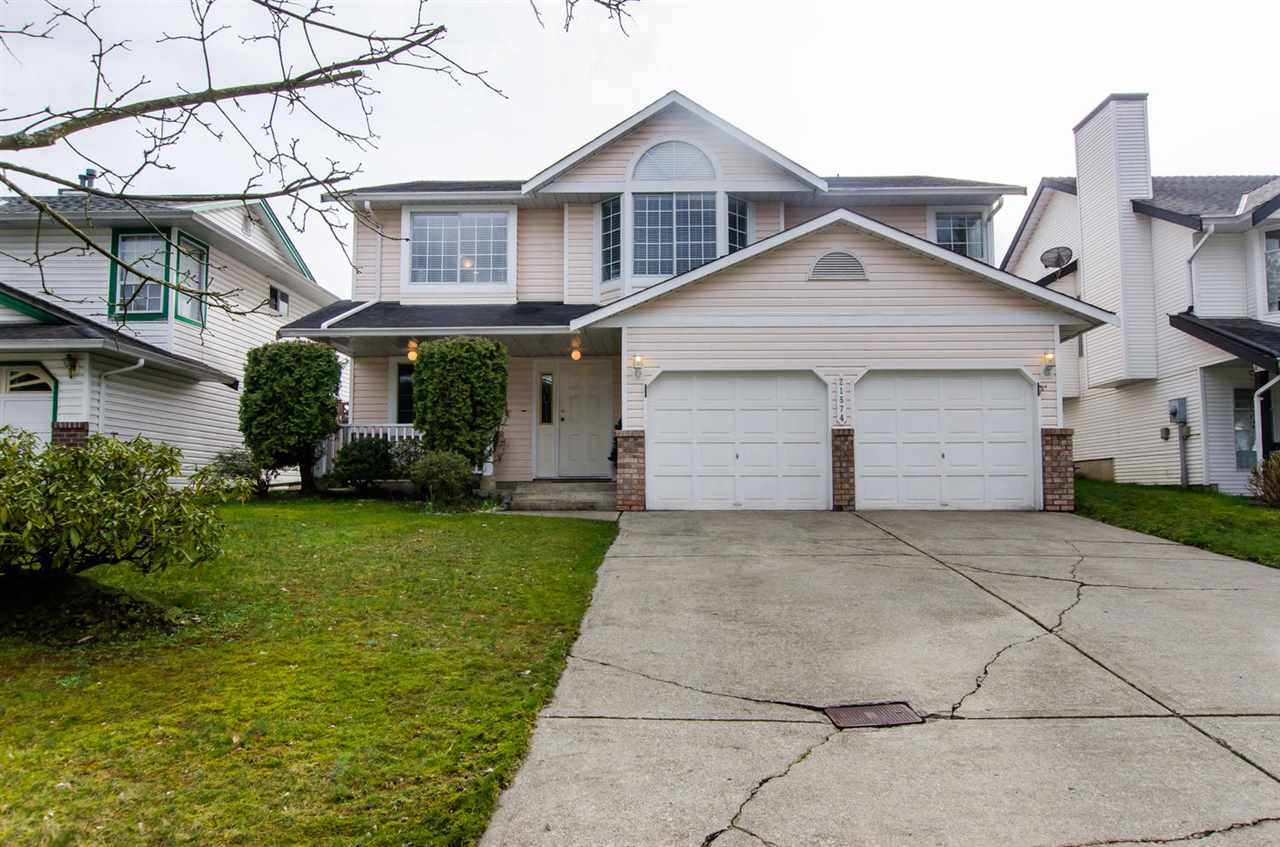 "Main Photo: 21574 93A Avenue in Langley: Walnut Grove House for sale in ""Walnut Grove"" : MLS®# R2043745"