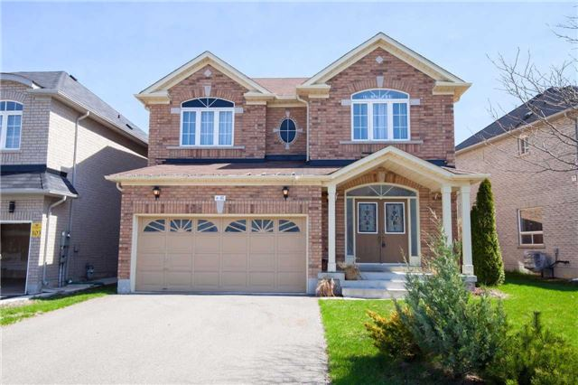 Main Photo: 41 Arctic Fox Crest in Brampton: Sandringham-Wellington House (2-Storey) for sale : MLS® # W3478678
