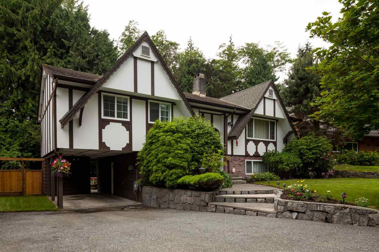 Main Photo: 3677 REGENT Avenue in North Vancouver: Upper Lonsdale House for sale : MLS® # R2072128