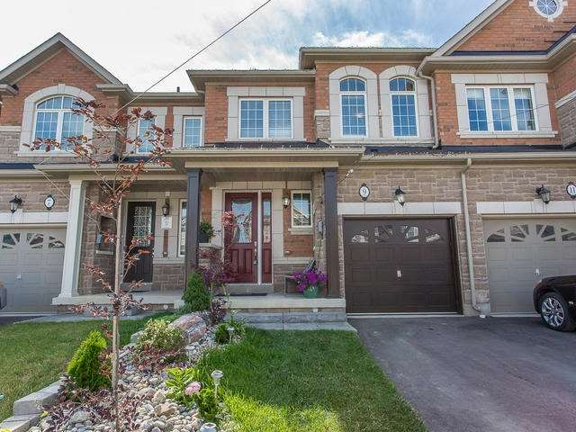 Main Photo: 9 Dufay Road in Brampton: Northwest Brampton House (2-Storey) for sale : MLS®# W3555319