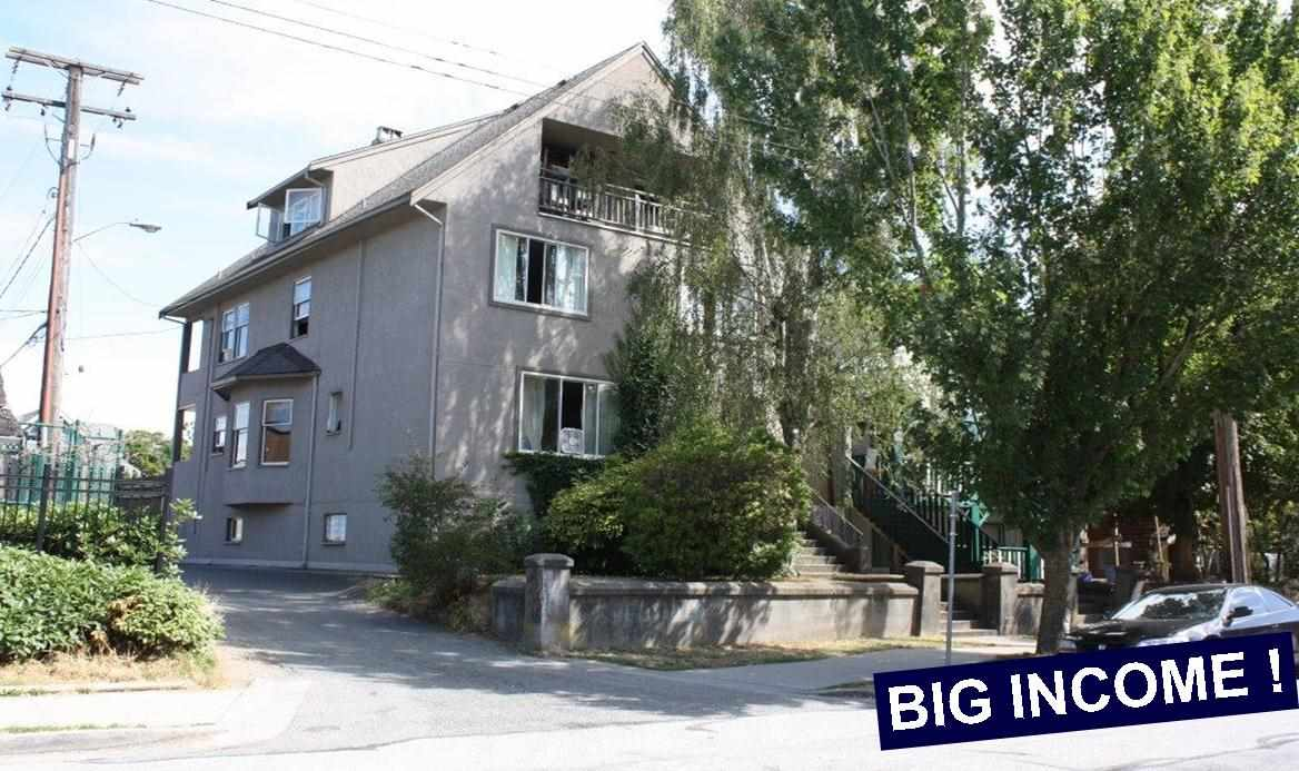 Main Photo: 1727 GRANT Street in Vancouver: Grandview VE House for sale (Vancouver East)  : MLS® # R2128703