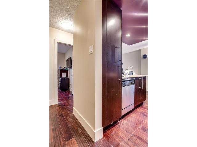 Photo 5: 405 1231 17 Avenue NW in Calgary: Capitol Hill Condo for sale : MLS® # C4092978