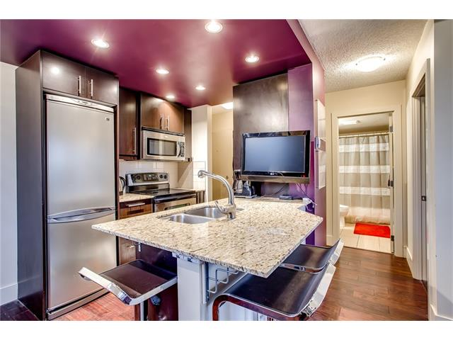 Main Photo: 405 1231 17 Avenue NW in Calgary: Capitol Hill Condo for sale : MLS® # C4092978