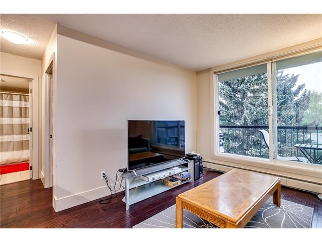 Photo 8: 405 1231 17 Avenue NW in Calgary: Capitol Hill Condo for sale : MLS® # C4092978