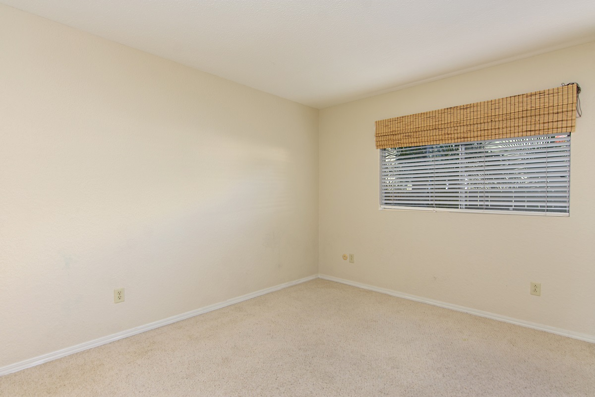 Photo 12: SAN DIEGO Townhome for rent : 3 bedrooms : 4754 68th Street Unit B