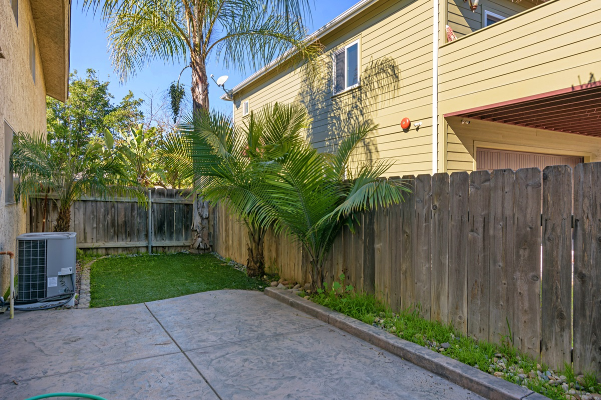 Photo 18: SAN DIEGO Townhome for rent : 3 bedrooms : 4754 68th Street Unit B
