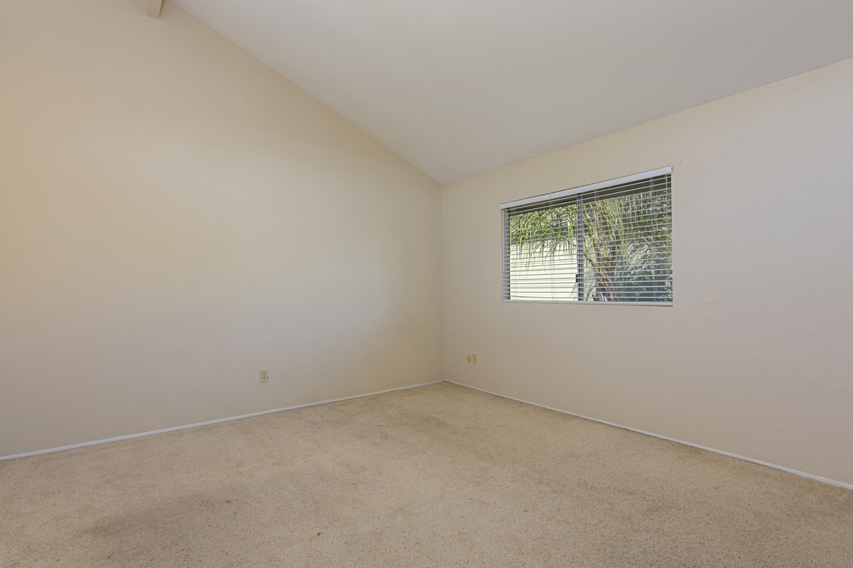 Photo 14: SAN DIEGO Townhome for rent : 3 bedrooms : 4754 68th Street Unit B