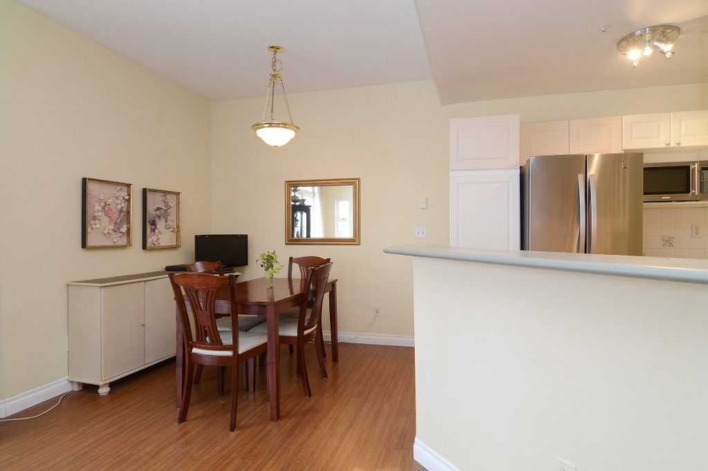 Photo 6: 44 2422 HAWTHORNE Avenue in Port Coquitlam: Central Pt Coquitlam Townhouse for sale : MLS(r) # R2136928