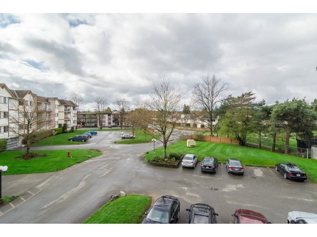 "Photo 20: 206 5710 201 Street in Langley: Langley City Condo for sale in ""WHITE OAKS"" : MLS(r) # R2156064"