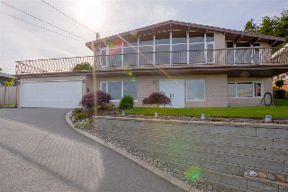 Main Photo: 88 DENMAN Court in Coquitlam: Cape Horn House for sale : MLS® # R2173807