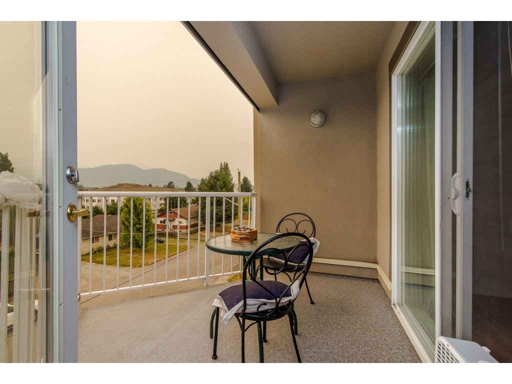 "Photo 12: 403 45773 VICTORIA Avenue in Chilliwack: Chilliwack N Yale-Well Condo for sale in ""The Victorian"" : MLS® # R2203106"