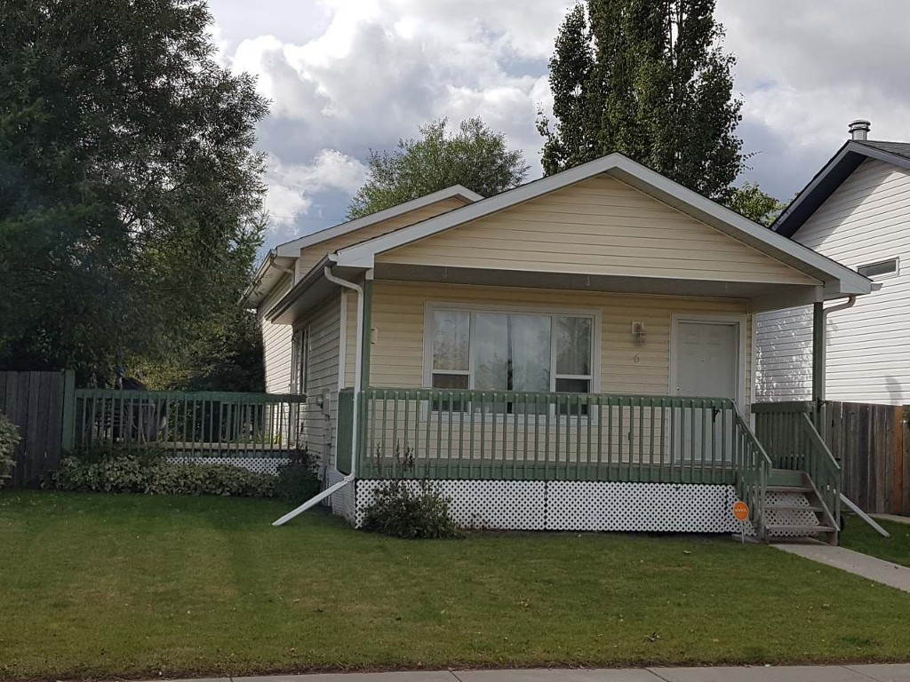 Main Photo: 6 Stephen's Crescent in Whitecourt: House for sale : MLS® # 44638