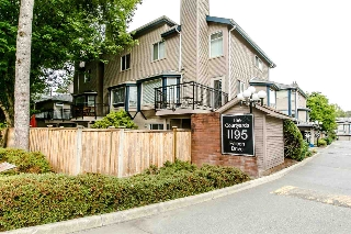 "Main Photo: 38 1195 FALCON Drive in Coquitlam: Eagle Ridge CQ Townhouse for sale in ""THE COURTYARDS"" : MLS® # R2208911"