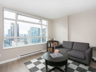 "Main Photo: 2601 438 SEYMOUR Street in Vancouver: Downtown VW Condo for sale in ""CONFERENCE PLAZA"" (Vancouver West)  : MLS® # R2221767"