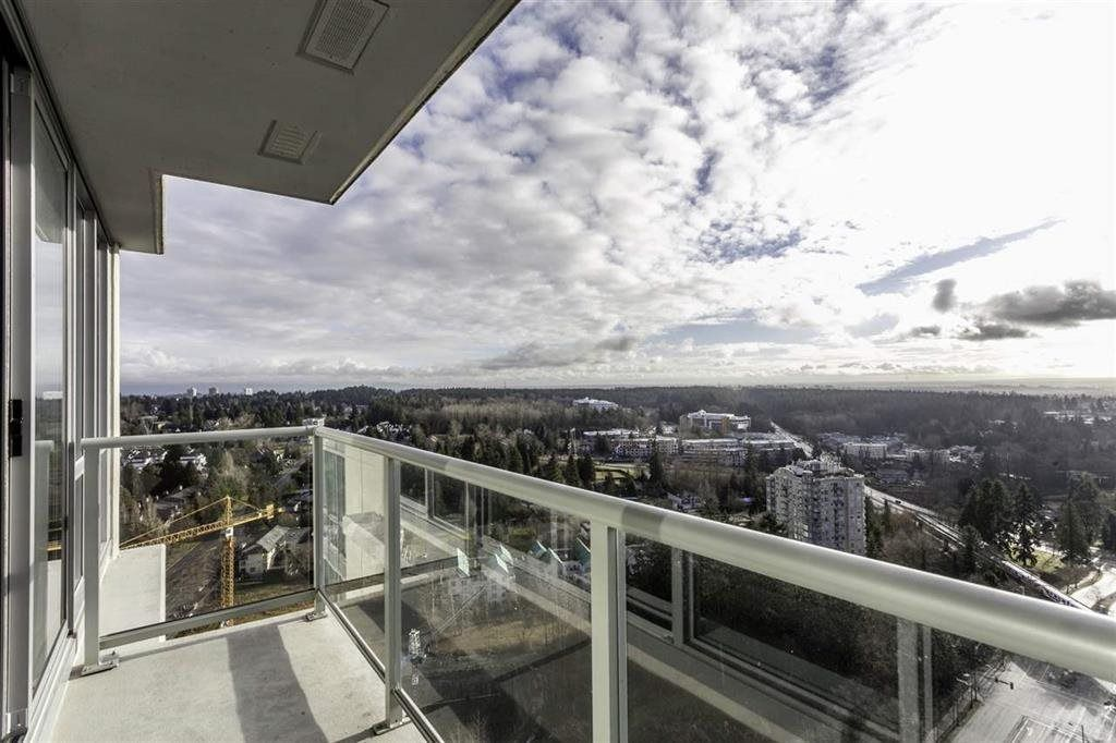 "Photo 4: Photos: 3005 9981 WHALLEY Boulevard in Surrey: Whalley Condo for sale in ""Park Place 2"" (North Surrey)  : MLS®# R2229771"