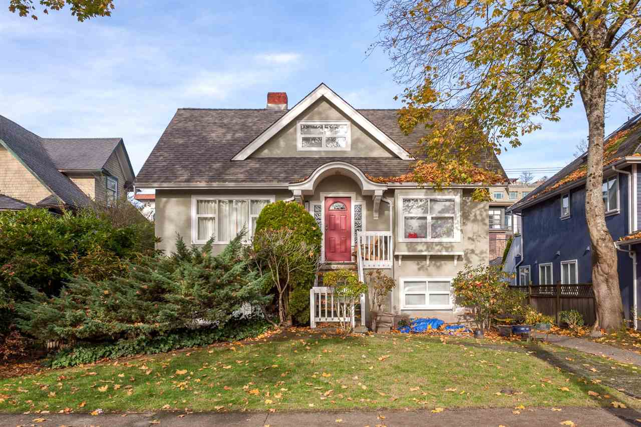 Main Photo: 2233 W 13TH Avenue in Vancouver: Kitsilano House 1/2 Duplex for sale (Vancouver West)  : MLS® # R2230506