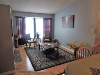Main Photo: 7712 152B Avenue NW in Edmonton: Zone 02 House for sale : MLS®# E4095497