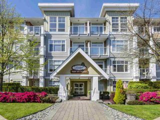 "Main Photo: 203 15299 17A Avenue in Surrey: King George Corridor Condo for sale in ""Flagstone Walk"" (South Surrey White Rock)  : MLS®# R2281841"