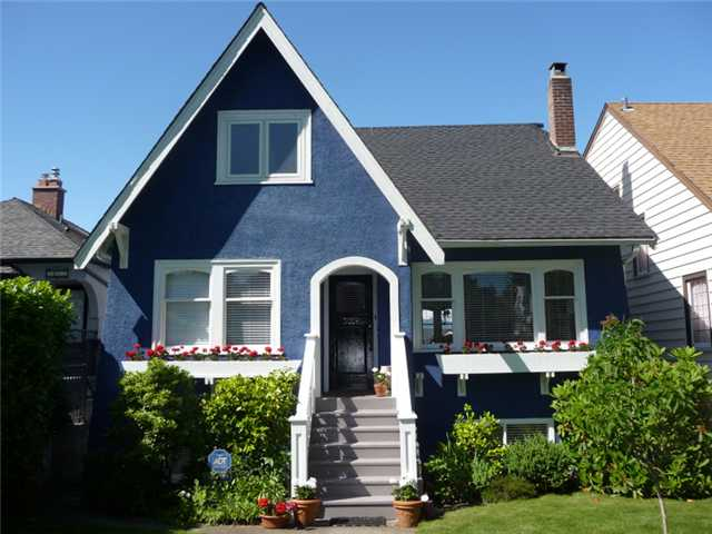 Main Photo: 3059 W KING EDWARD Avenue in Vancouver: Dunbar House for sale (Vancouver West)  : MLS®# V897781