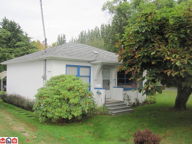 Main Photo: 12261 SULLIVAN Street in Surrey: Crescent Bch Ocean Pk. House for sale (South Surrey White Rock)  : MLS® # F1124169