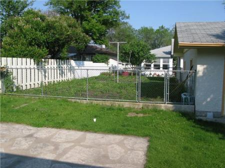 Photo 4: Photos: 66 NORILYN BAY in Winnipeg: Residential for sale (Canada)  : MLS®# 1011846