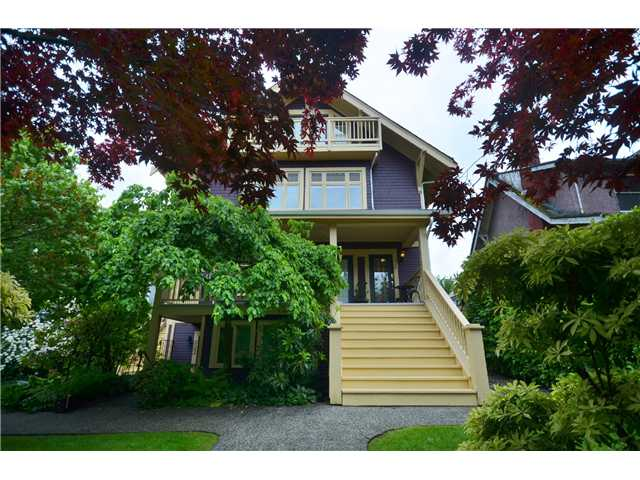 "Main Photo: 326 W 11TH Avenue in Vancouver: Mount Pleasant VW Townhouse for sale in ""City Hall"" (Vancouver West)  : MLS®# V1031157"