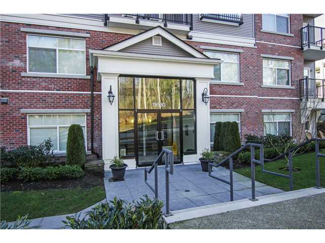"Main Photo: 305 19530 65TH Avenue in Surrey: Clayton Condo for sale in ""WILLOW GRAND"" (Cloverdale)  : MLS® # F1402462"