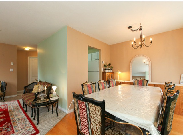 "Photo 4: 101 9942 151ST Street in Surrey: Guildford Condo for sale in ""WESTCHESTER PLACE"" (North Surrey)  : MLS® # F1408752"