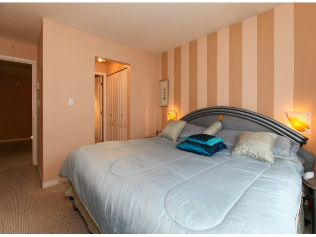 "Photo 8: 101 9942 151ST Street in Surrey: Guildford Condo for sale in ""WESTCHESTER PLACE"" (North Surrey)  : MLS® # F1408752"