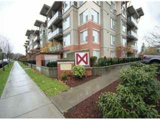 "Main Photo: 119 33539 HOLLAND Avenue in Abbotsford: Central Abbotsford Condo for sale in ""The Crossing"" : MLS(r) # F1427624"