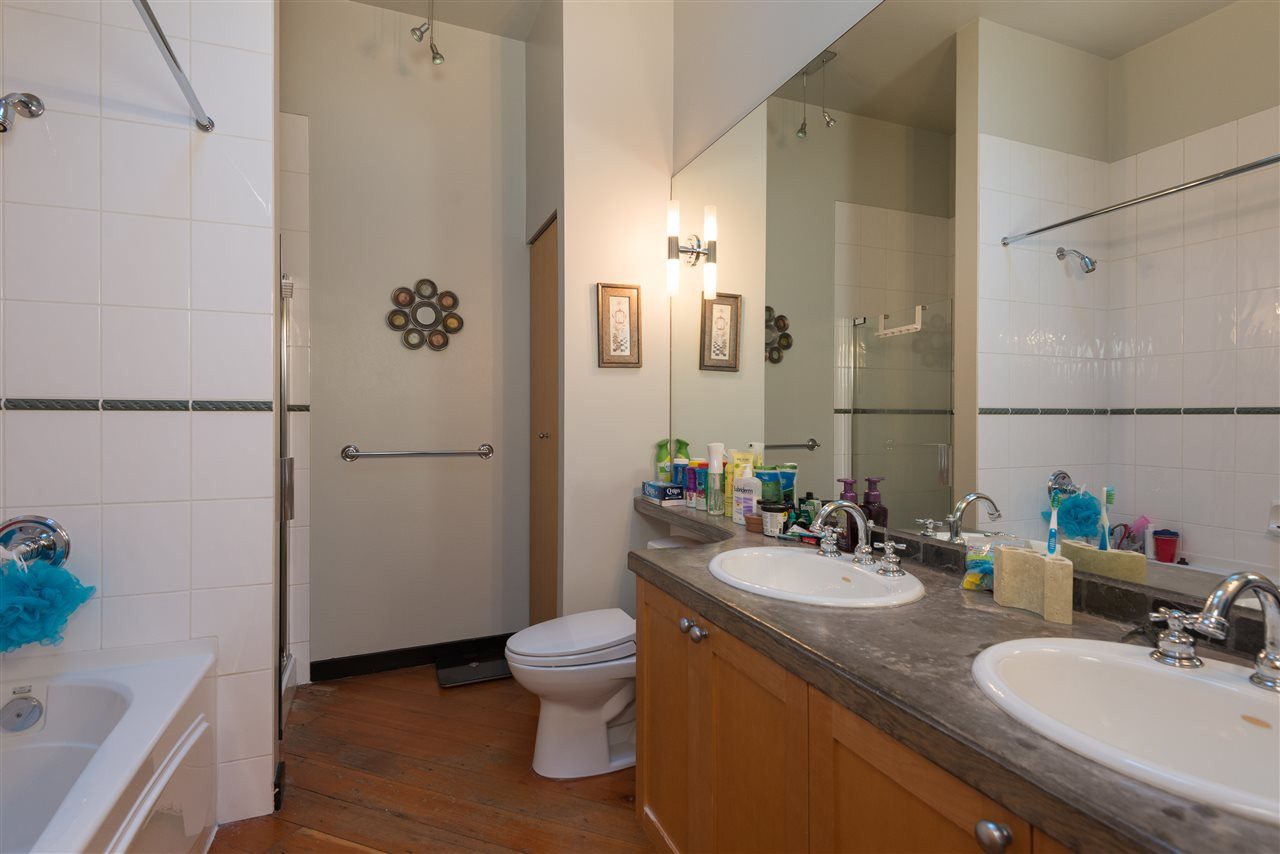 "Photo 12: PH6 1178 HAMILTON Street in Vancouver: Yaletown Condo for sale in ""THE HAMILTON"" (Vancouver West)  : MLS(r) # R2020115"